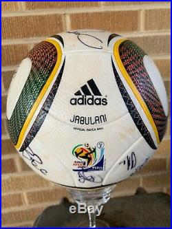 2010 WORLD CUP Game Ball-Adidas Jabulani OFFICIAL MATCH BALL-signed By US Team