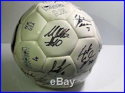 Autographed 1999 US Women's Soccer Team Ball (Nike) Mia Hamm, Tony DiCicco +++