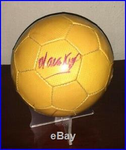 Ball signed autographed Salvador CHAVA Reyes Chivas Guadalajara Mexico Legend
