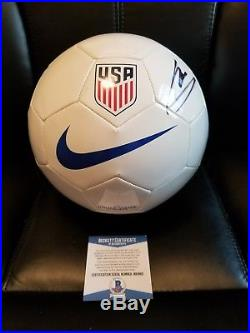 Christian Pulisic Signed Soccer Ball Auto Beckett COA NIKE Team USA Dortmund