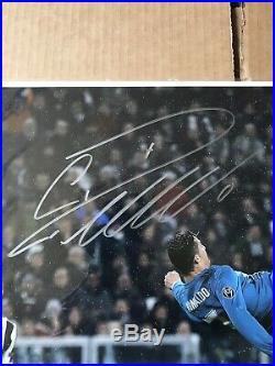 Cristiano Ronaldo signed 16x20 Beckett COA
