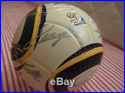 FIFA 2010 Ballon Adidas Jabulani Signé par l'équipe de Football d'Italie Rare