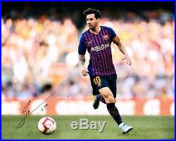Lionel Messi FC Barcelona Autographed 16 x 20 Chasing Ball Photograph