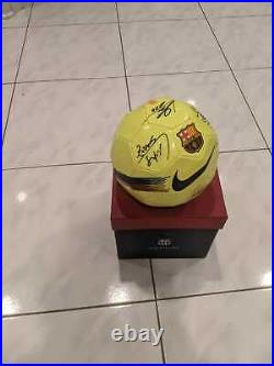 Lionel Messi Luis Suarez Barcelona Squad Signed Ball