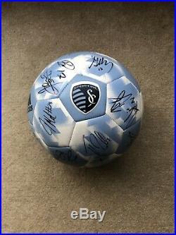Sporting Kc Team Signed Soccer Ball Besler Zusi Rubio Melia Vermes