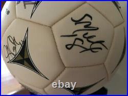 WUSA Autographed Soccer Ball Mia Hamm, Abby Wambach, 2003 Washington Freedom