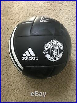 Zlatan Ibrahimovic Autographed Ball Manchester United PSG LA Galaxy AC Milan