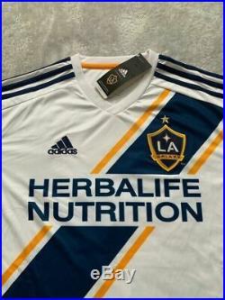 Zlatan Ibrahimovic Los Angeles Galaxy Autographed Jersey SizeXL 2019