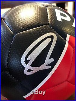 Zlatan Ibrahimovic Signed Soccer Ball Psa/Dna Coa Paris Saint-Germain La Galaxy